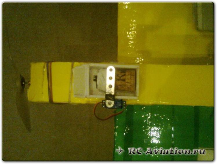 Самодельный бомболюк для радиоуправляемой авиамодели