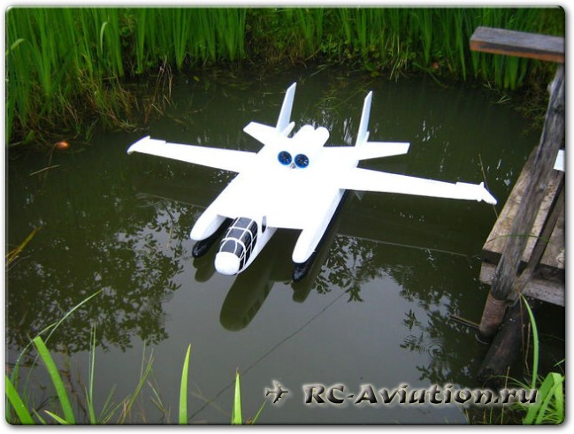 радиоуправляемые авиамодели из потолочки