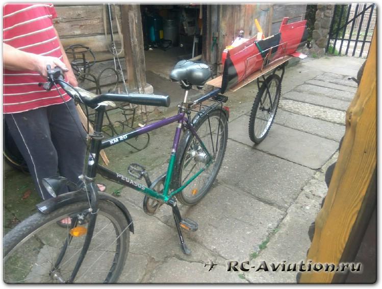 Самодельный велоприцеп для перевозки авиамодели