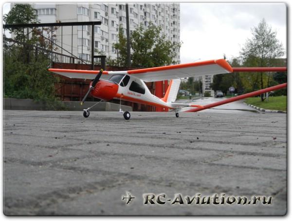 Радиоуправляемая авиамодель Wilga 200 (Вильга 35A) перед взлетом