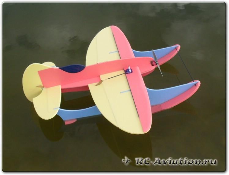 Чертежи самодельной радиоуправляемой авиамодели Gee Willikers