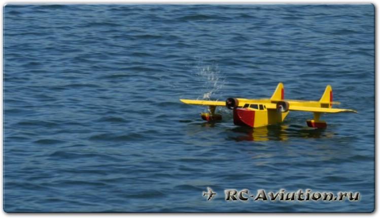 Чертежи двухмоторной радиоуправляемой авиамодели FT Sea Duck