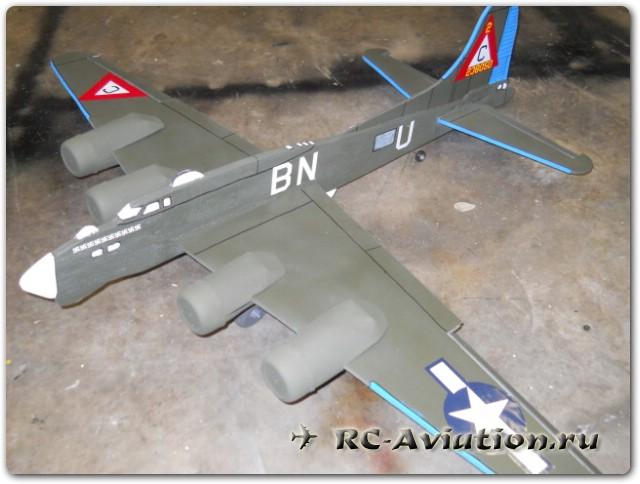 Модель радиоуправлемого самолета