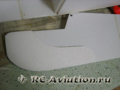 Авиамодель из потолочки Cessna 150