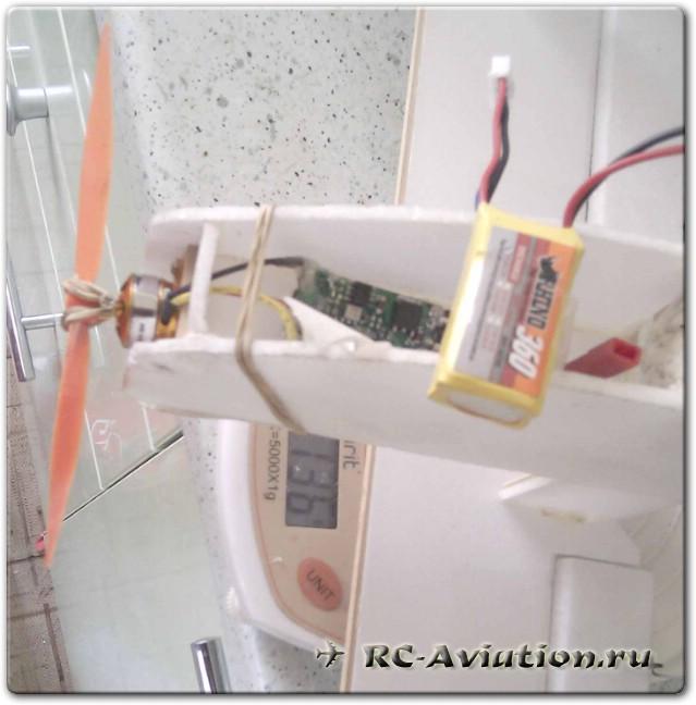 Авиамодель из потолочной плитки Manon 3D