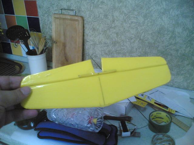 Руль высоты самодельной авиамодели Мустанг