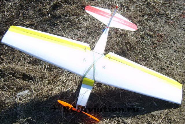 Готовая к полету авиамодель