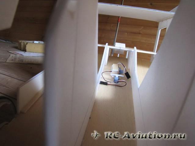 Летающая радиоуправляемая модель - грузовик