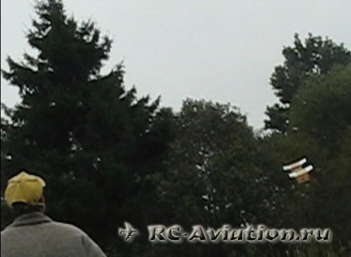 Радиоуправляемая авиамодель грузовика