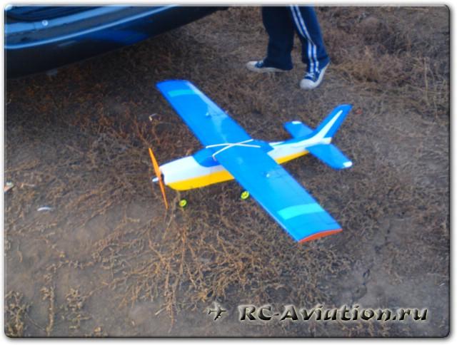Полукопия Cessna 182
