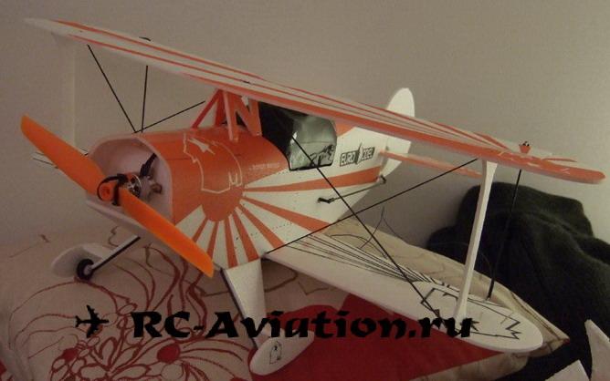 Авиамодель MicroPits из потолочки с прямым крылом