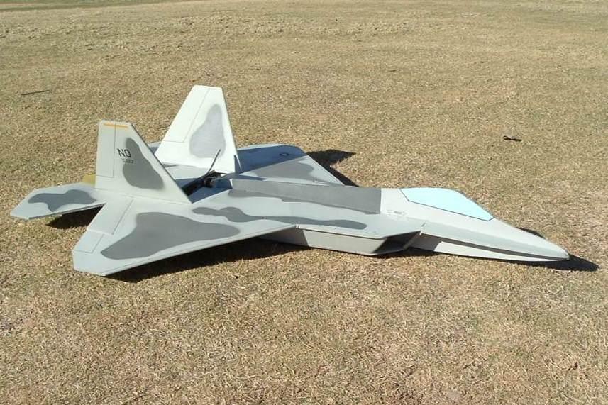 Чертежи авиамодели из потолочки F22