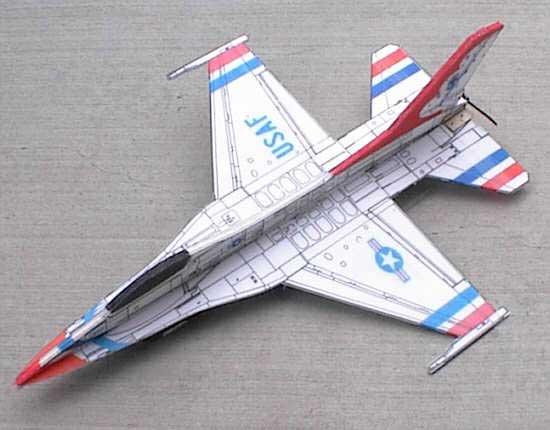 Окраска радиоуправляемой авиамодели