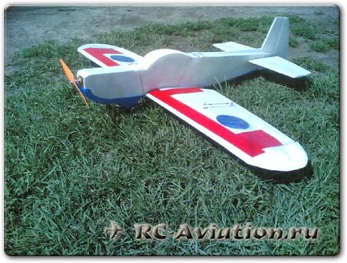 пилотажная авиамодель из потолочной плитки
