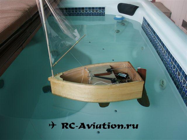 Самодельная радиоуправляемая яхта